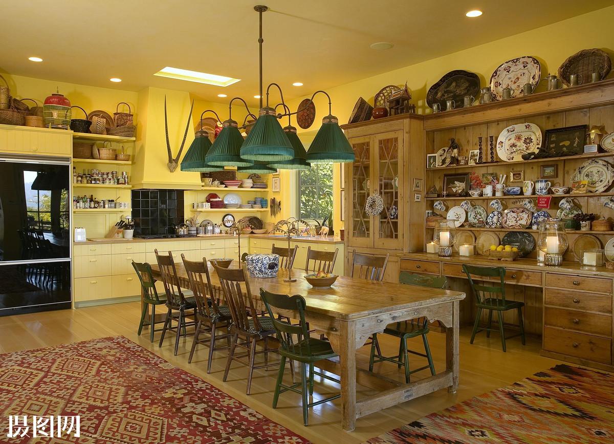 盘片 大厨房的桌子 农场的椅子 客厅图片