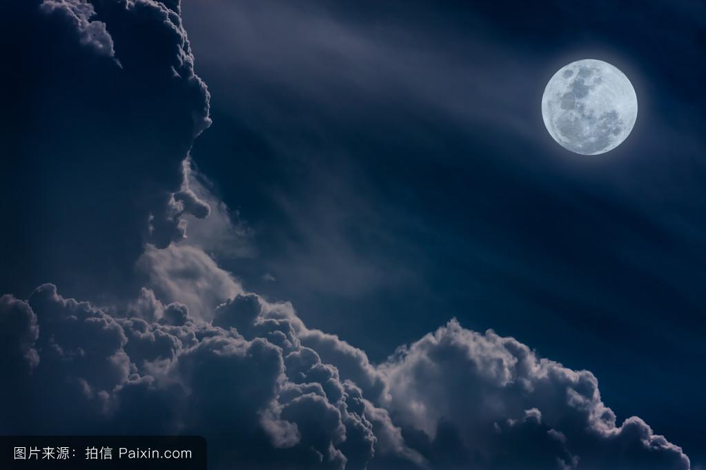 蓝色月光侦探礹.+y��_天空,满月,蓝色,景观,有吸引力的,美丽的,水平的,傍晚,戏剧性的天空