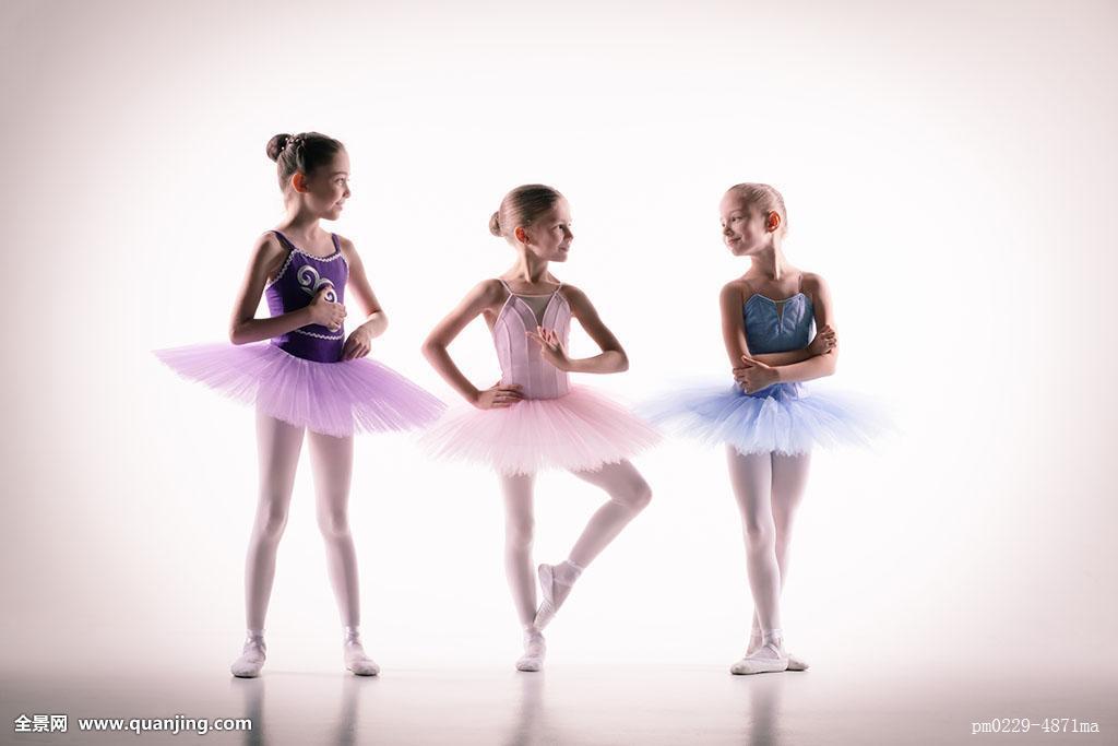 舞蹈_三个,小,芭蕾舞女,舞蹈室
