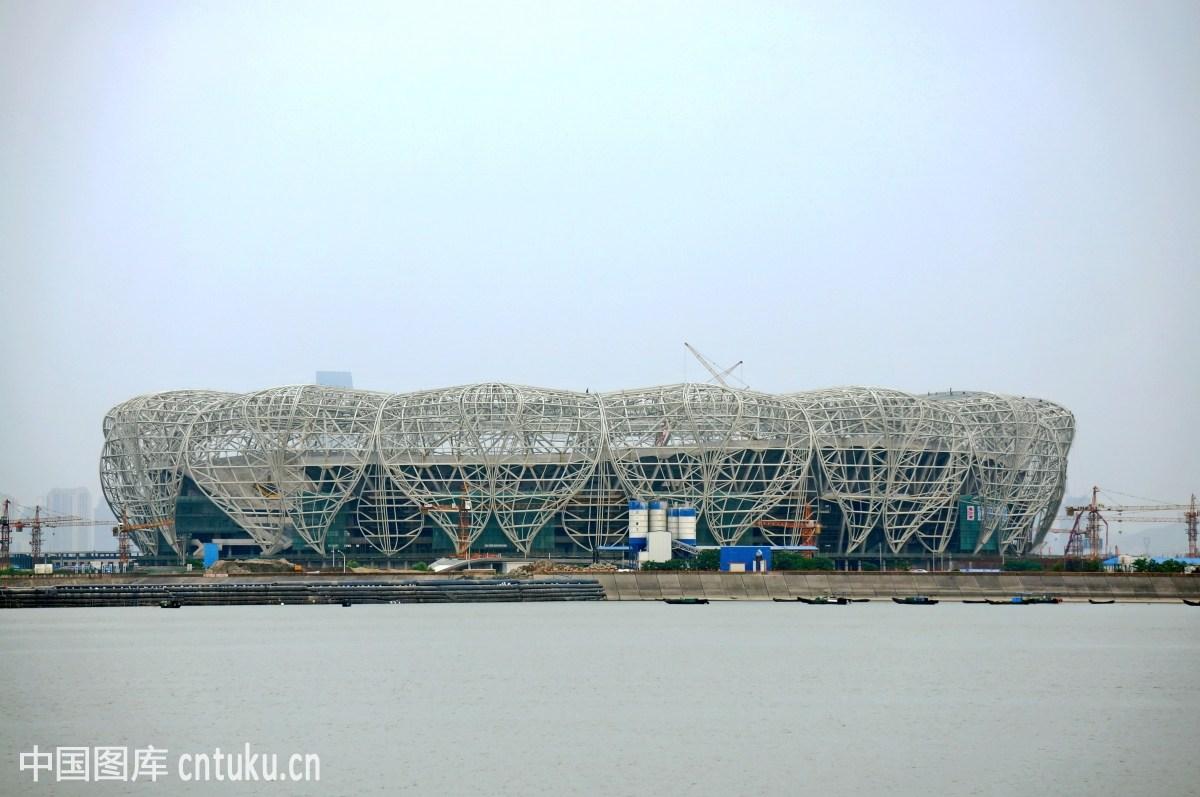 杭州体育馆_杭州奥体中心主体育场