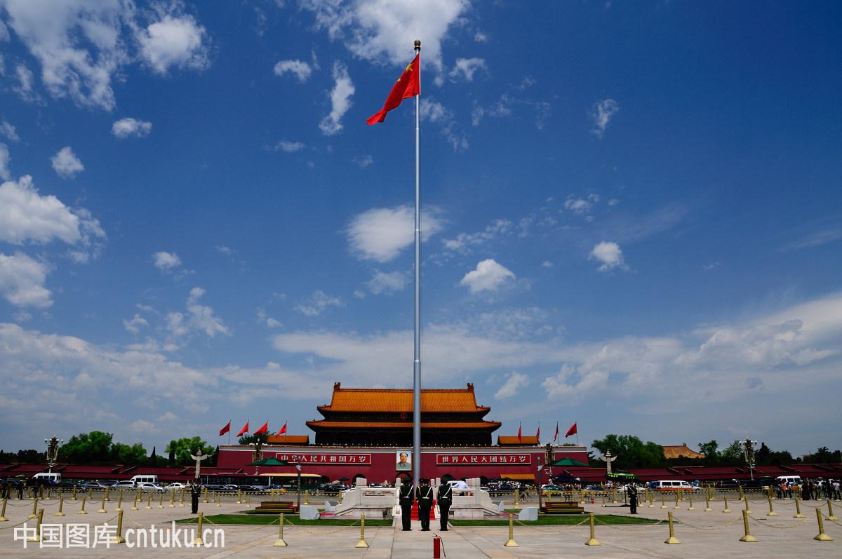 北京,中国,大同,雕塑,都市风光,非都市风光,宫殿,花,花坛,建筑,蓝天图片