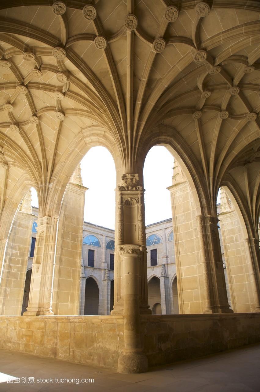 宫殿,天主教,旅行,旅游,天主教徒,拱廊,建筑,遮盖,里奥哈,遮盖物,柱子图片