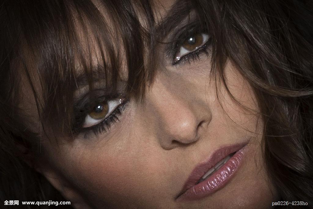 押走情色综合网_女人,女性,特写,脸,头像,人,头发,嘴唇,情色,性感,发型,漂亮,魅力