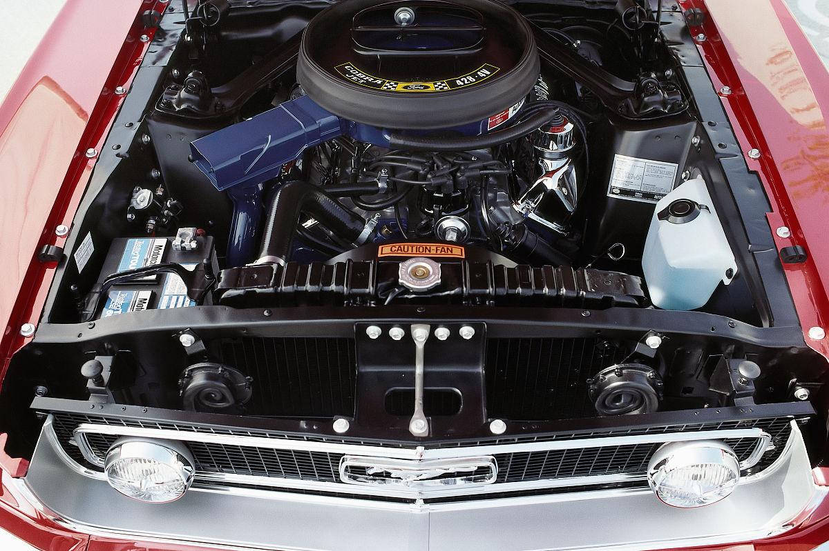 2福特野马眼镜蛇喷气机428引擎图片
