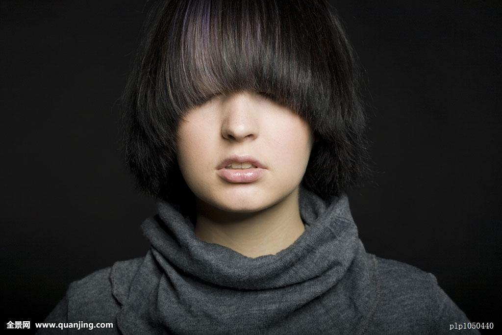 好看的黑发发型图片女 黑发短发发型图片黑色头发图片