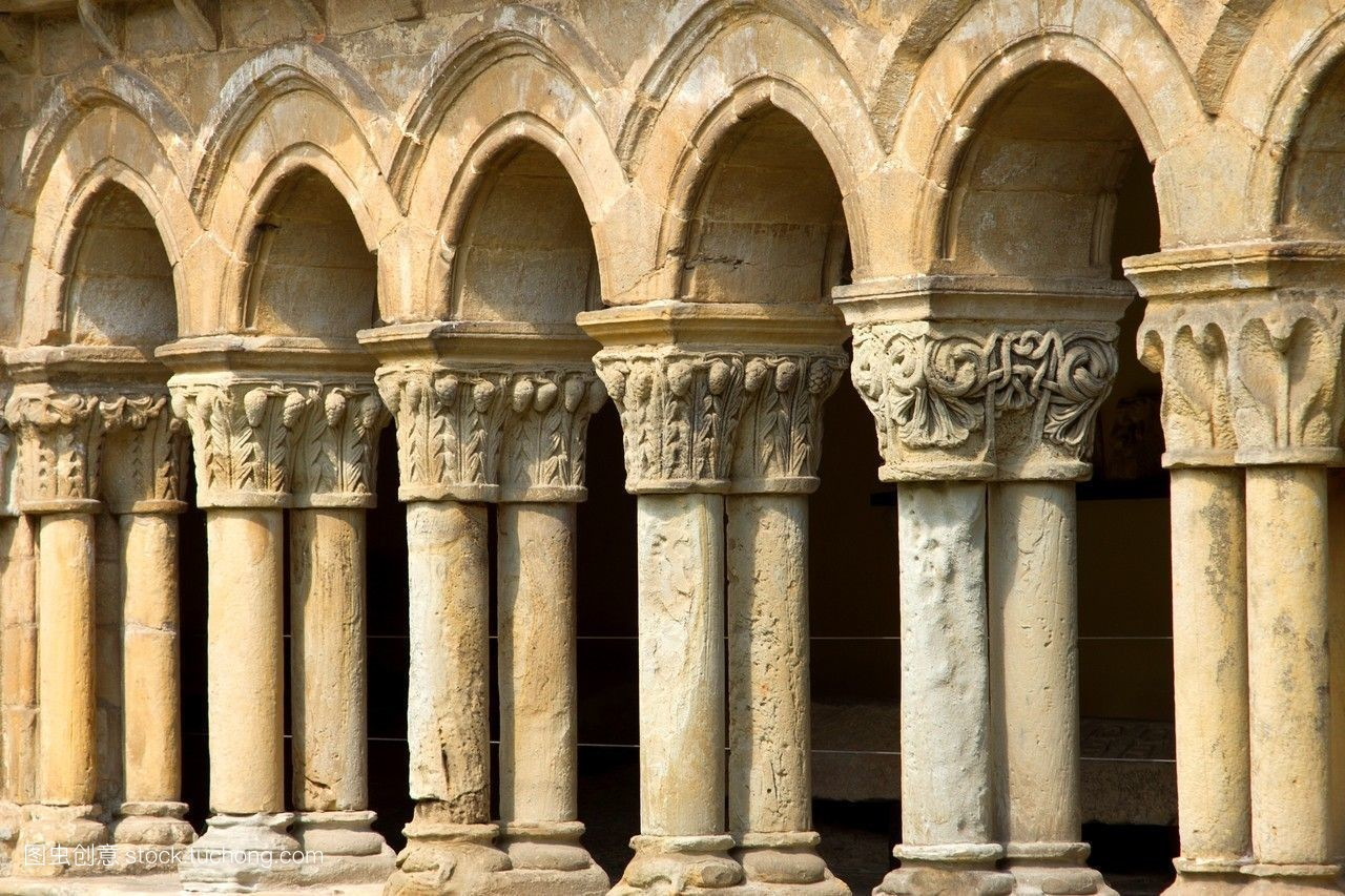 中世纪艺术欧洲坎塔布里亚教堂建筑宗教建筑宗教罗马式图片