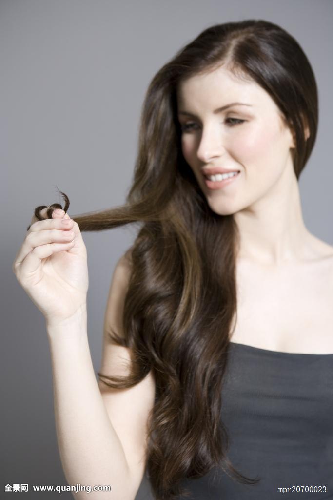 2014年短发卷发时尚女发型图片