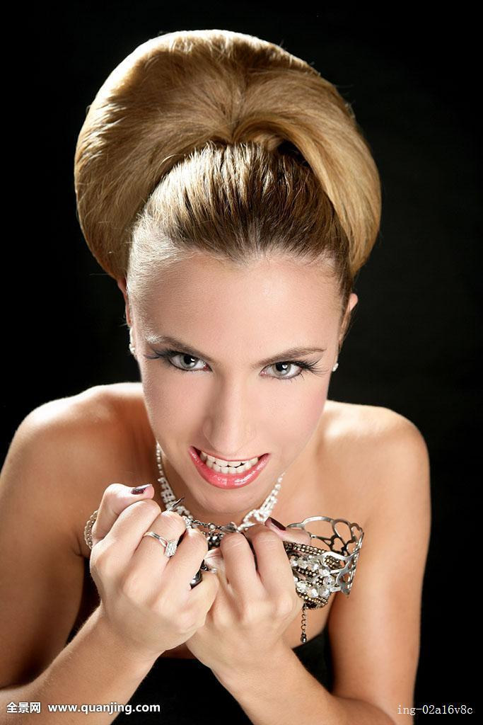 头发变钻石的过程如下:采集人体_发型设计图片图片