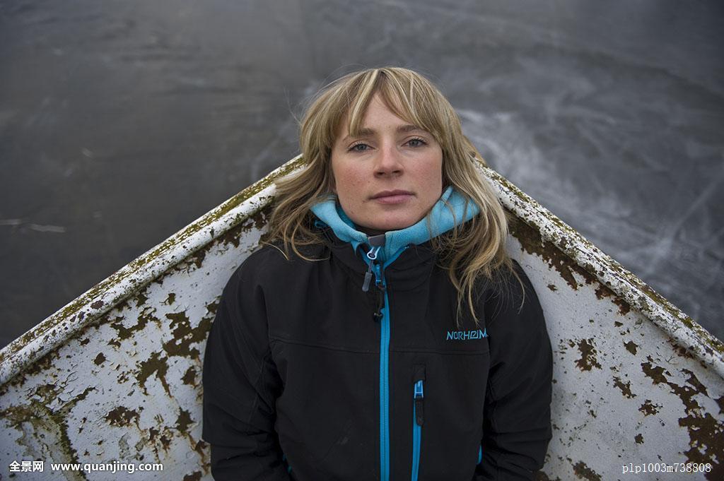 成年,船,欧洲,女性,冰,休闲,北欧,挪威,一个,阴天,人,斯堪的纳维亚图片