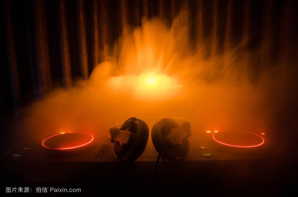 教师锦旗囹�a_跳舞,混合,dj,现代的,提示,聚会,bpm,专业的,均衡器,闪光灯,声音
