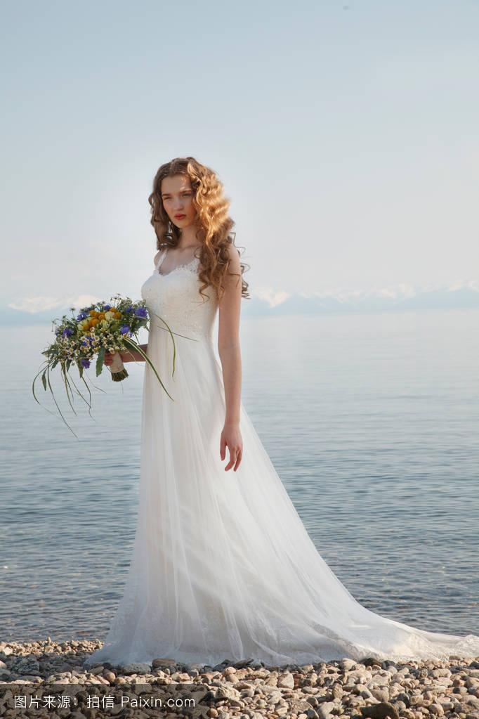 婚纱造型长头发分享展示图片