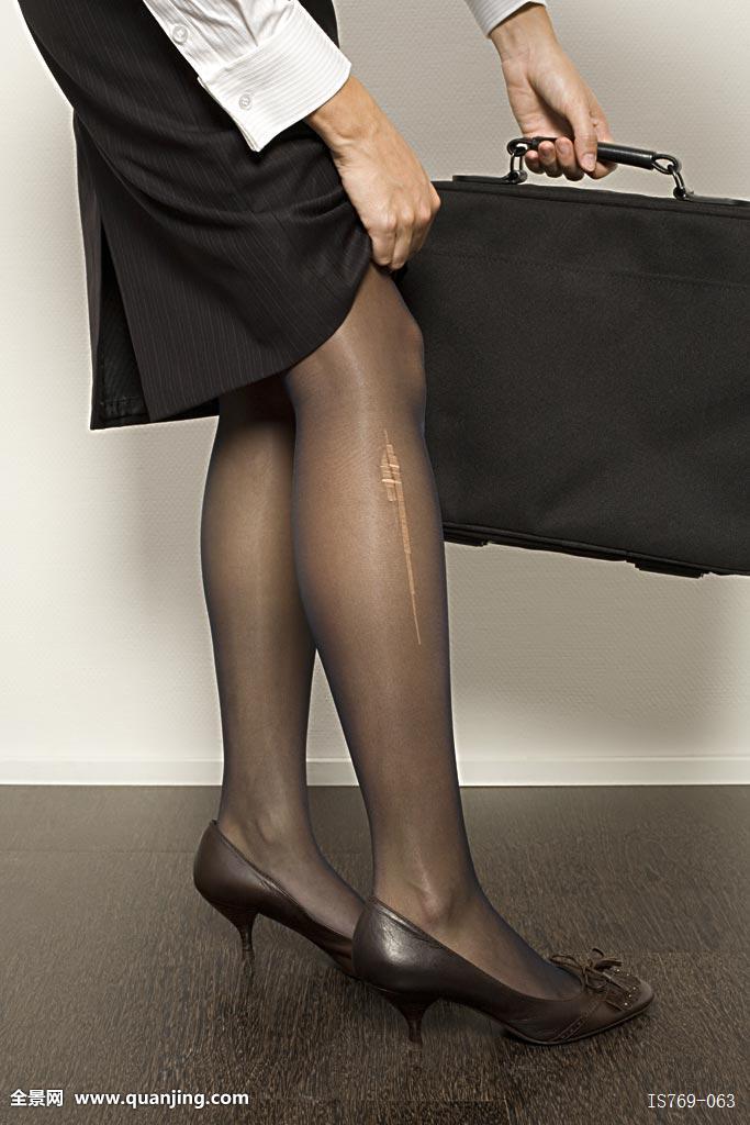 滑丝袜台湾佬_职业女性,丝袜,梯子