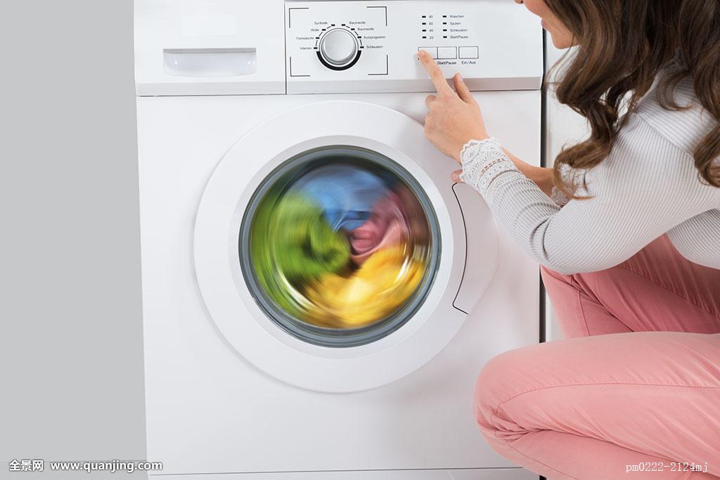 洗衣机甩干_按键,脏,科技,衣服,洗衣服,卫生,电,蹲,彩色,自动,生活,甩干机,洗衣机