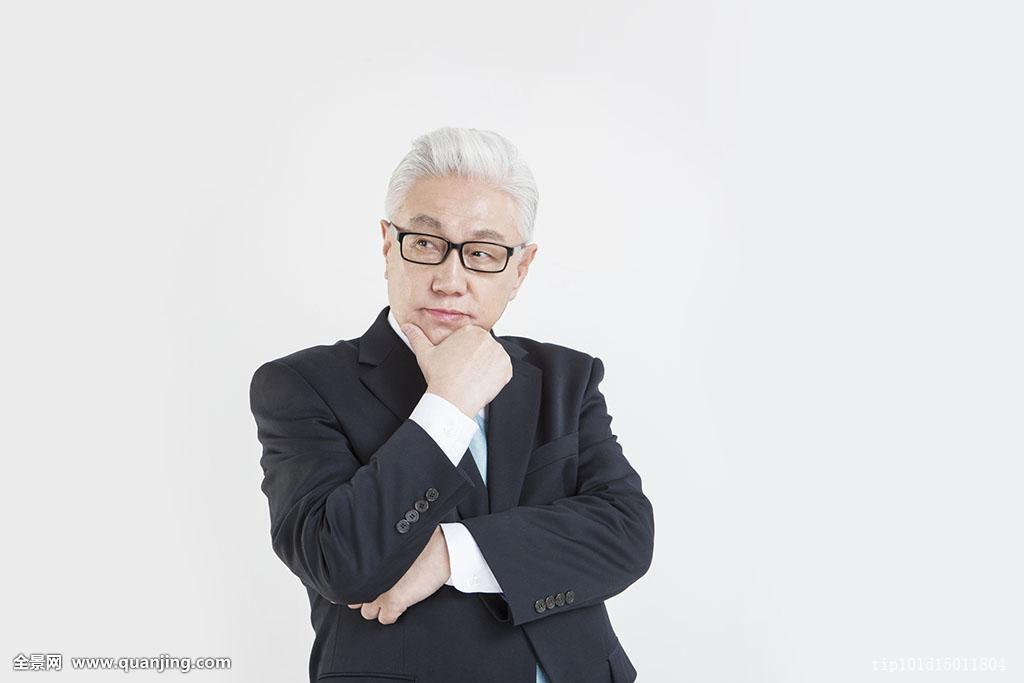 商务,男人,白领,男性,一个人,一个,只有一个男人,65-69岁,白发,发型图片