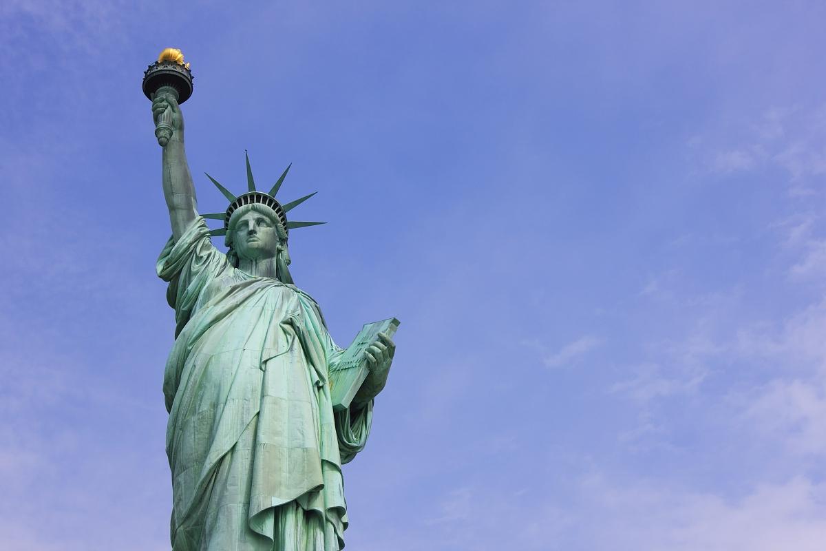 自由女神像在哪个城市