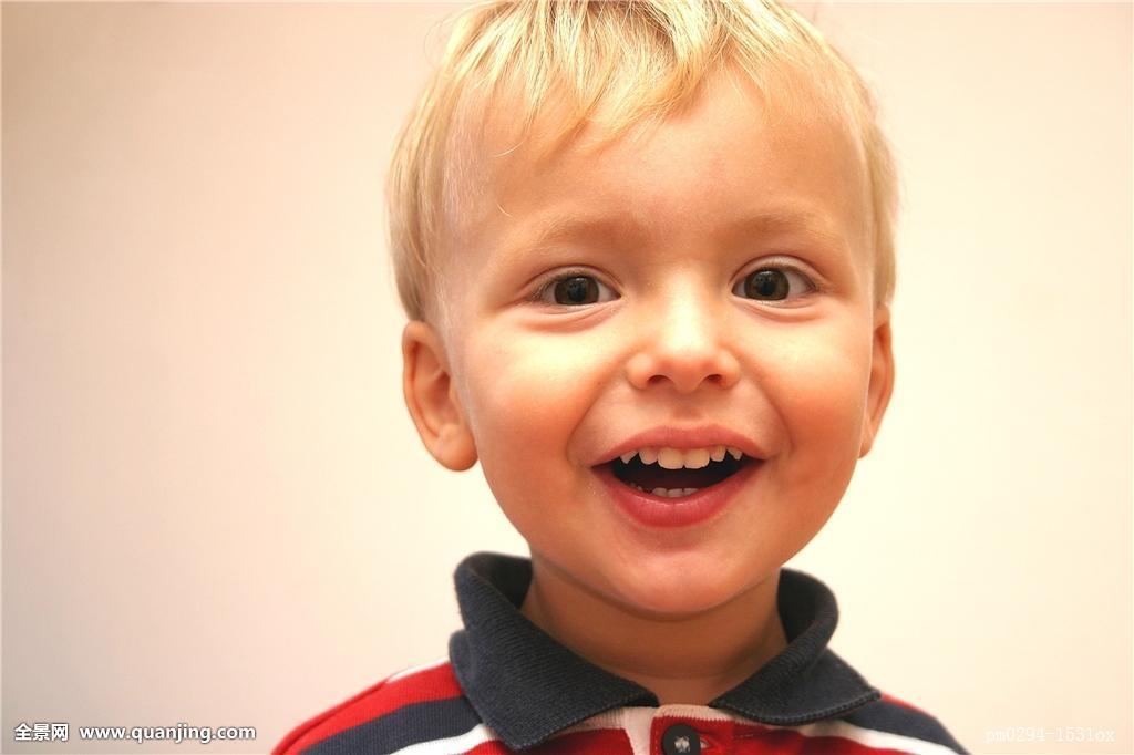 笑,咯咯笑,微笑,嘴,好奇,头像,眼睛,头发,嘴唇,婴儿,鼻子,发型,儿童图片