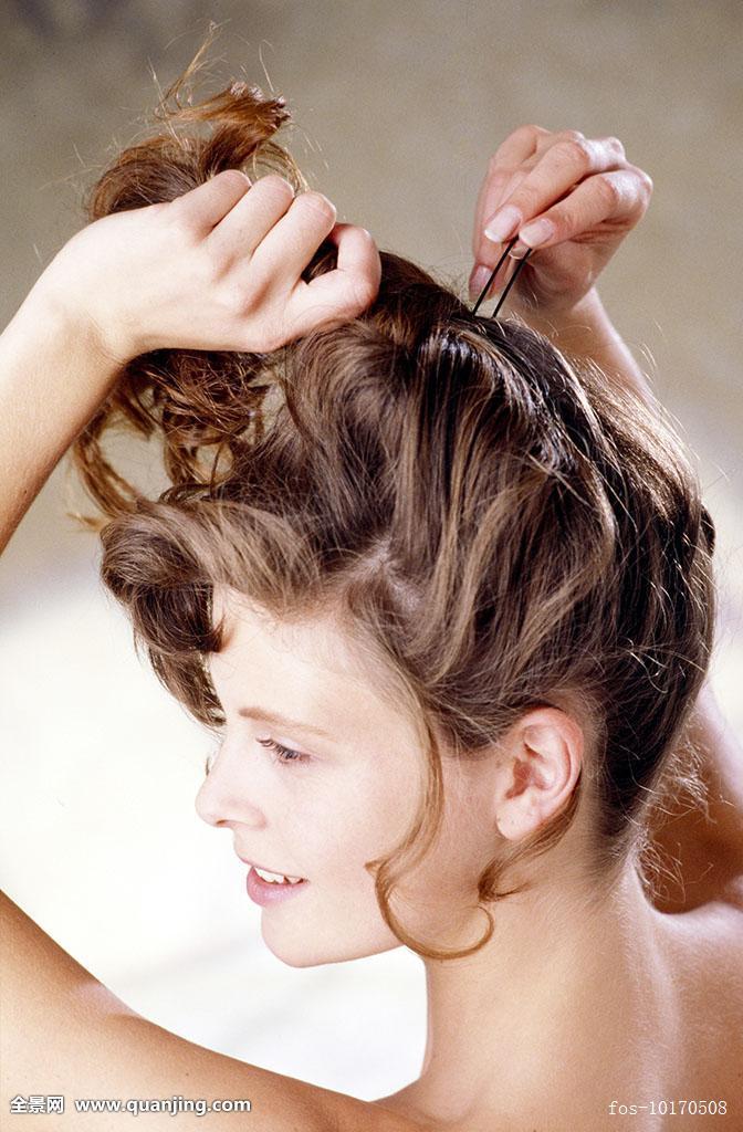黑发,女人,长,卷发,涂抹,头发,向上,穿,发夹,微笑图片