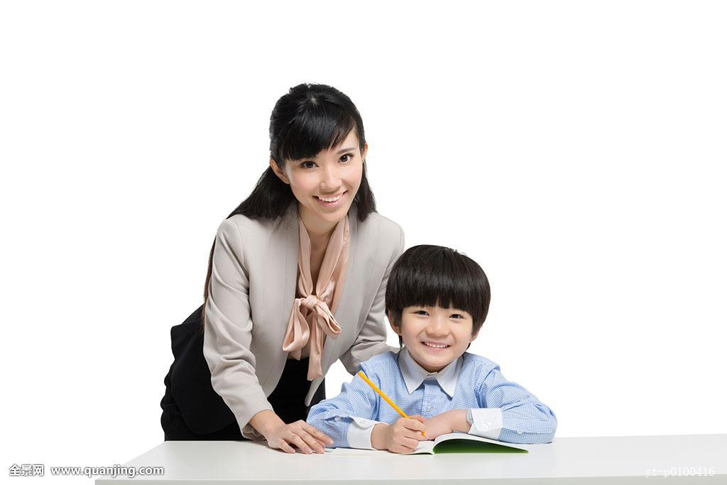女教师与男学生教师�9��H:)�h�yg*9�yȰ_女教师辅导小男生学习