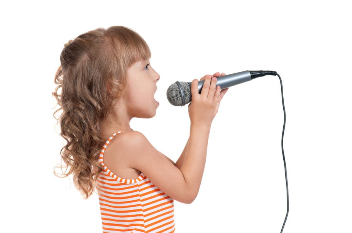 歌手整容会影响唱歌吗图片