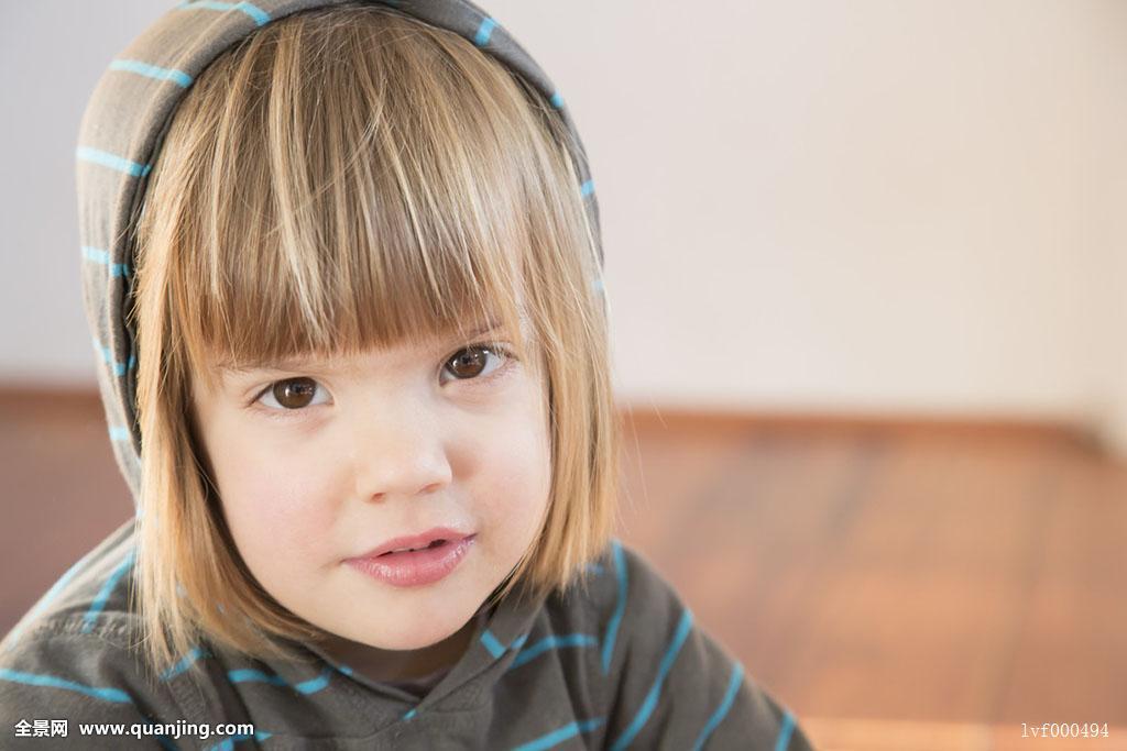 人,女孩,只有女孩,一个人,只有一个女孩,幼儿,2-3岁,白人,发型,刘海图片
