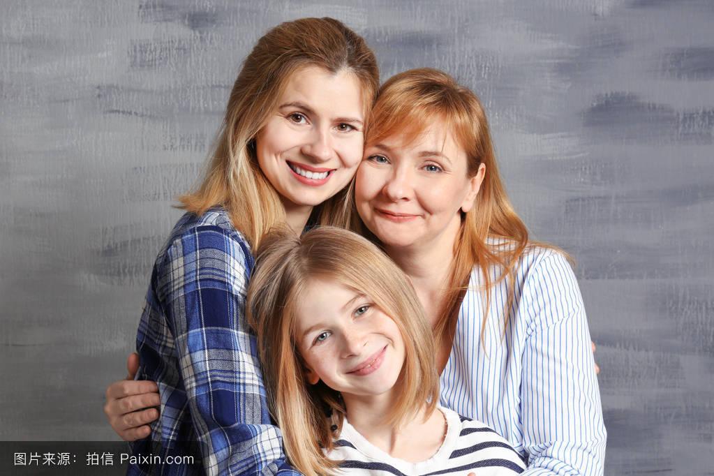 支持,成人,年长的,颜色,女儿,亲戚,在一起,乐趣,灰色,年轻的,母亲,人图片