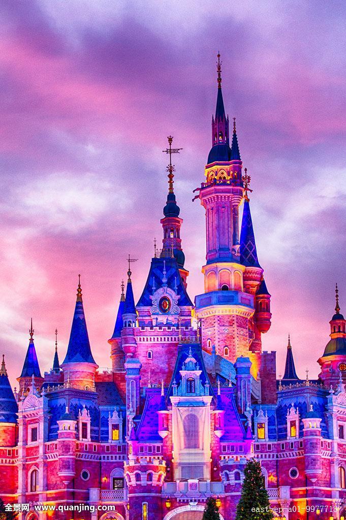 上海迪斯尼乐园城堡图片