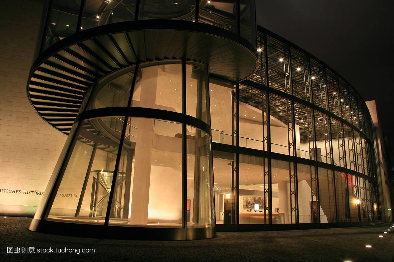 馆_故事,城市,城镇,夜晚,夜间,光,大门,寂静,安静,柏林,博物馆,钢铁