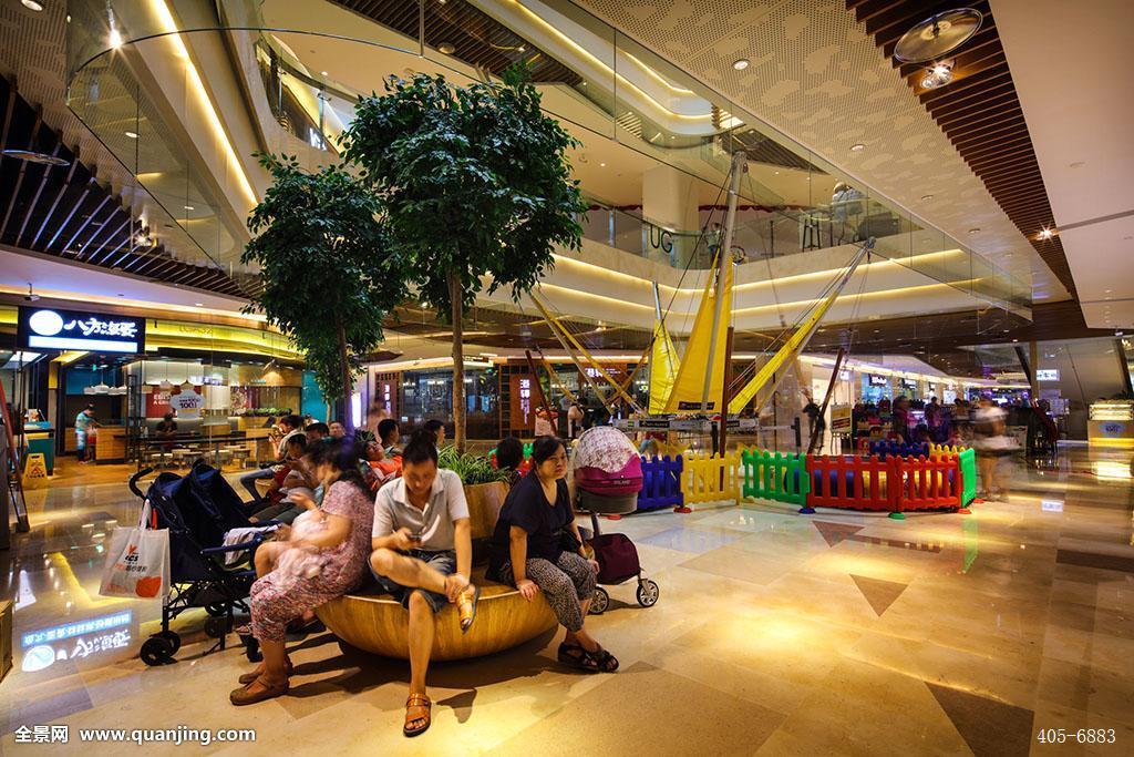 商场,购物中心,商业,逛街,购物,休息区,休闲区,儿童小乐园,游客,店铺图片