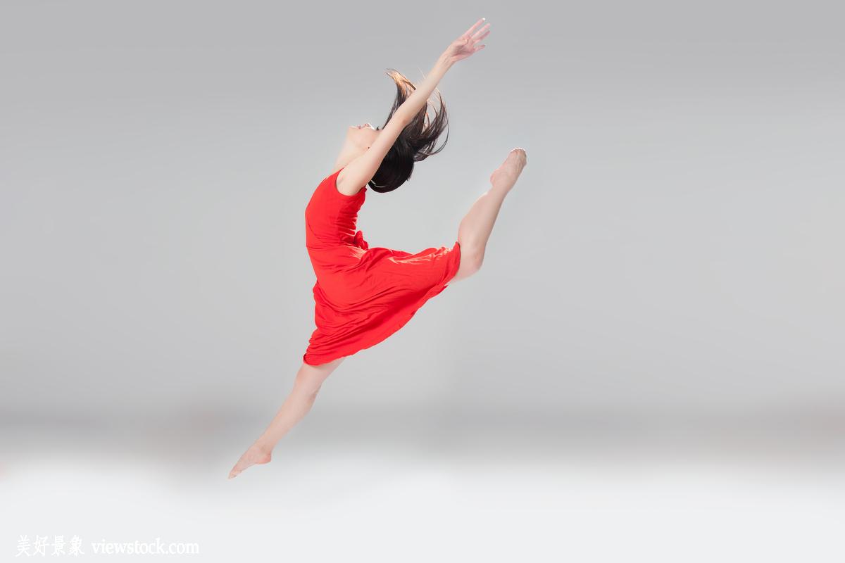 舞蹈_青年女人舞蹈