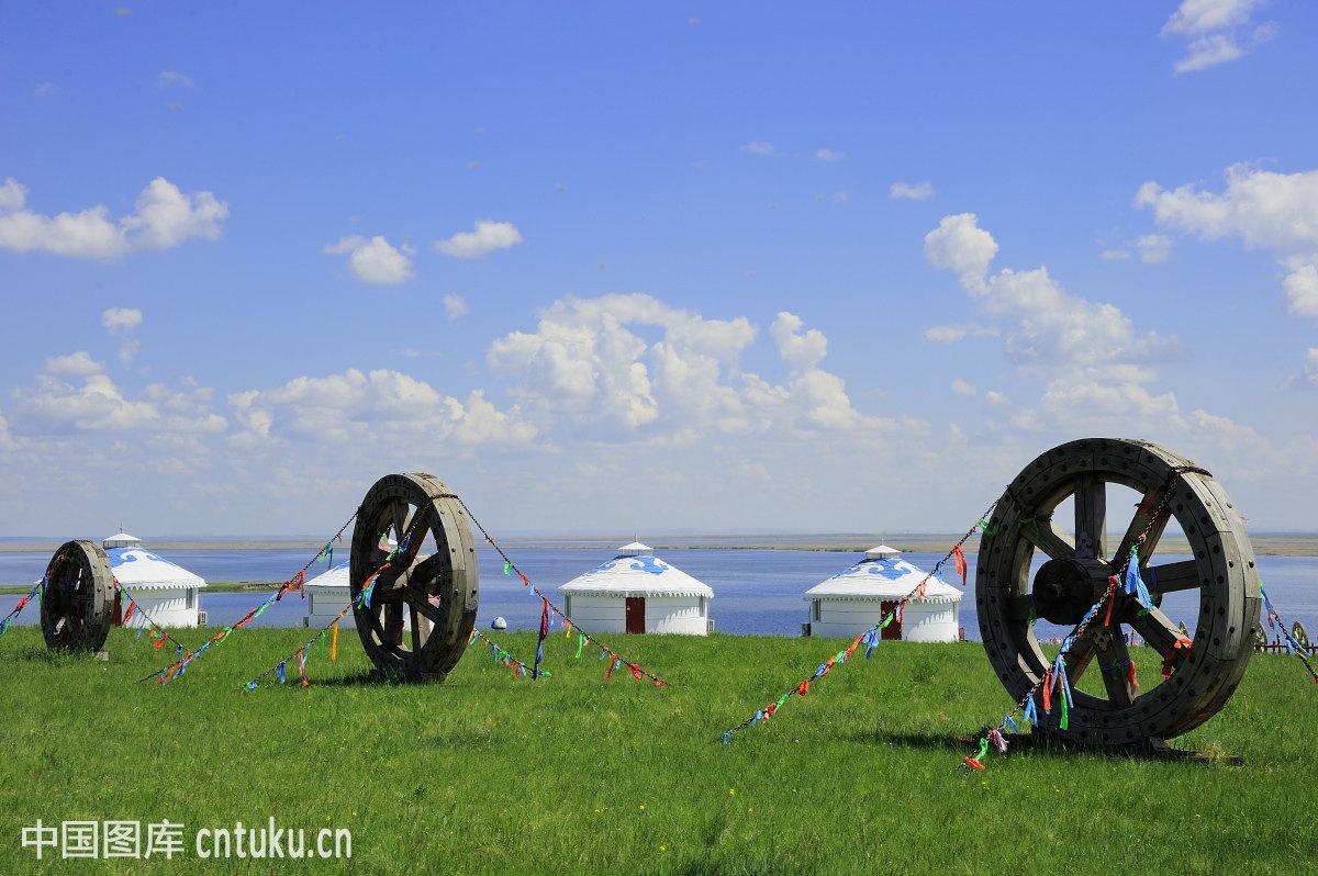 旗杆,云海,房子,草原蒙古包群,农家乐蒙古包,呼和浩特,和林格尔县图片