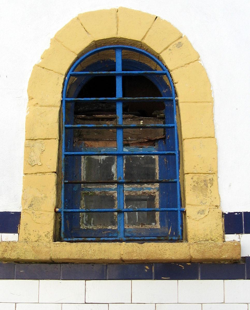 色白昼非洲建筑外部垂直画幅安全护栏格柵无人旅游目的地