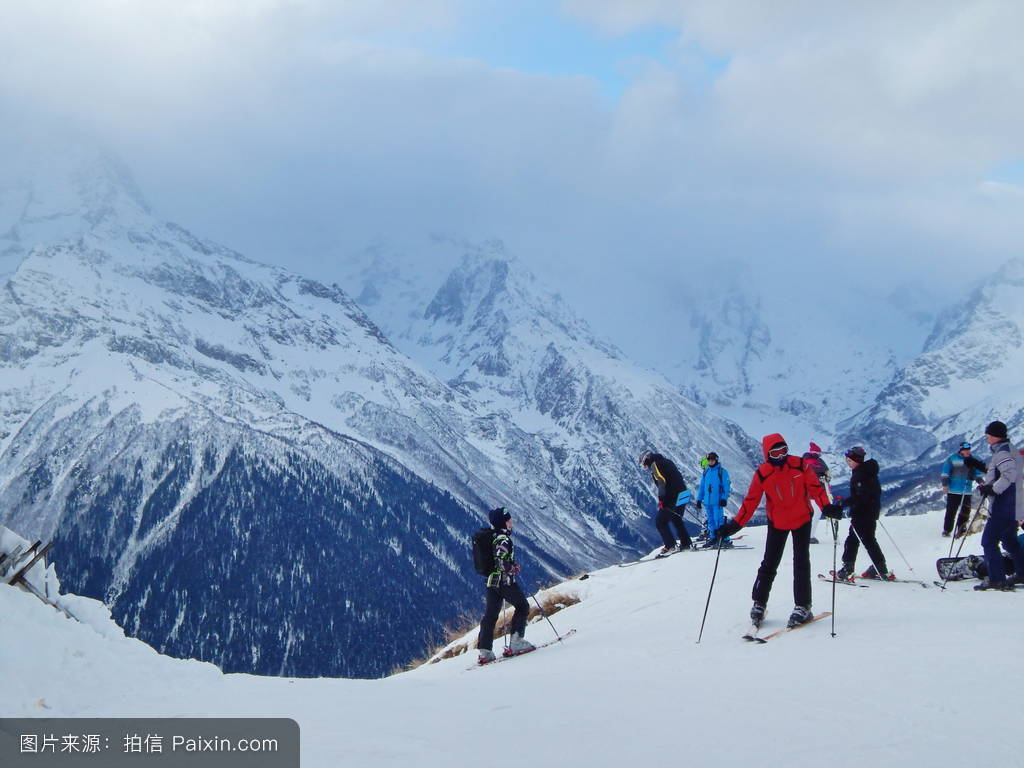ppt囹�a����b�9���ke_9c�karachayevo cherkesiya下坡滑雪