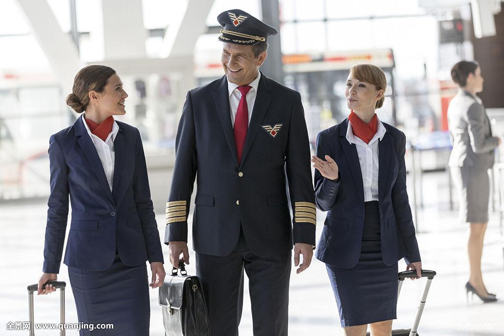 飞行员,空乘人员,走,机场图片