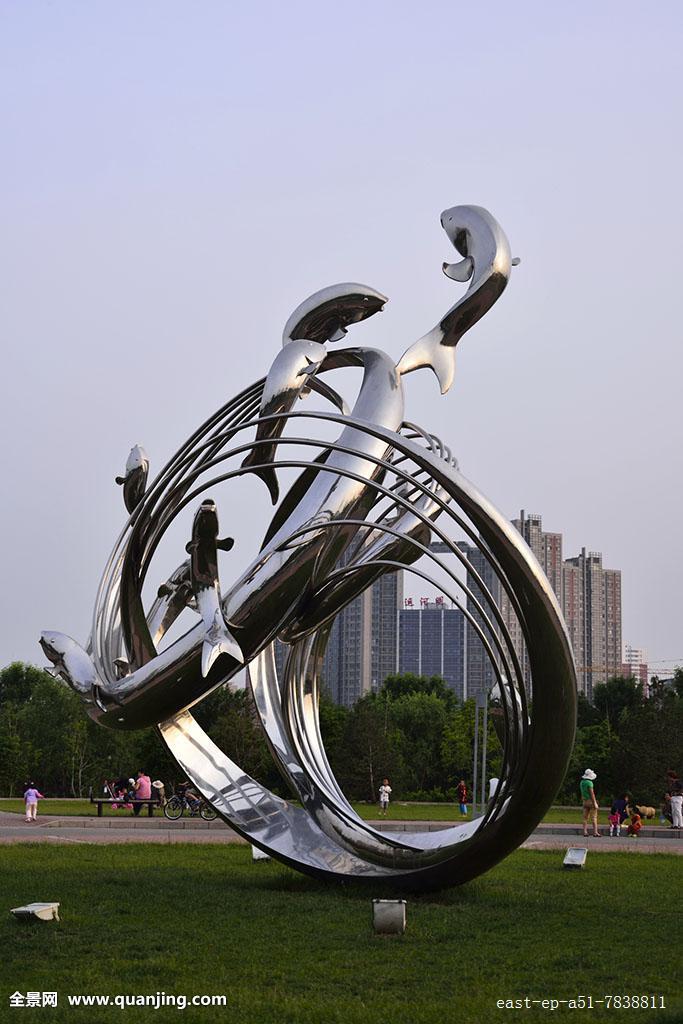 鲤鱼跃龙门广场雕塑图片