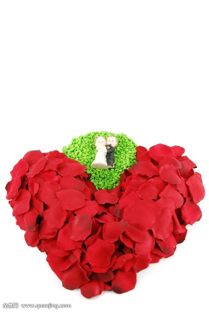 红色,心形,玫瑰花瓣,情人节图片
