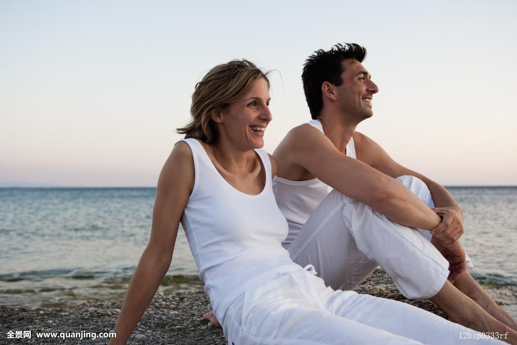 的妻子不倫旅行で朝から抱かれる_伴侣,放松,海滩