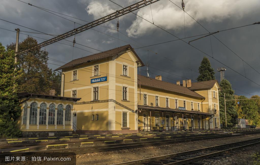 硹b.�ke�/d�/k9�h�`�Xi_a6�%b0�塔沃zamosti火车站