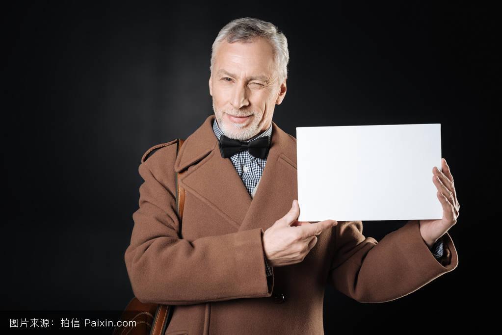 男人腰肺&f��yf�x�_退休的�%bf�乐眨眼