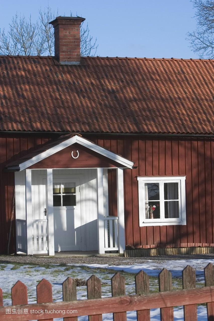 大门,现代化,阳台,墙,阴影,尖桩篱栅,屋顶,天空,出口,发达,木材,房屋图片