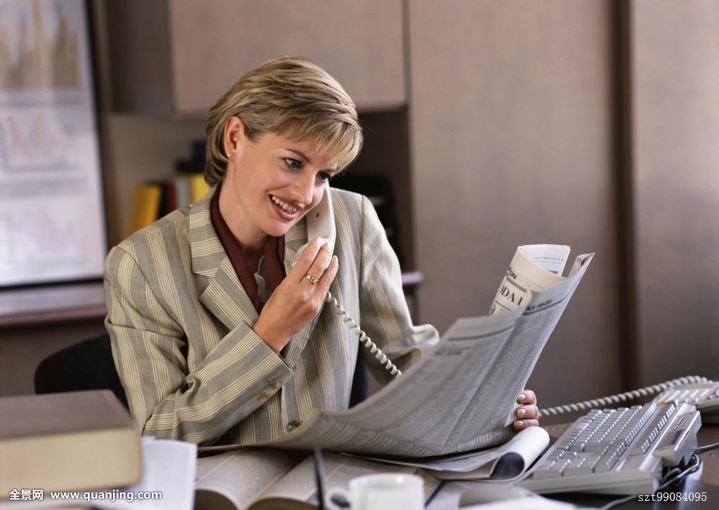 商务人士,职业女性,职员,投资者,外国人,短发,金发,上身,设施,办公室图片