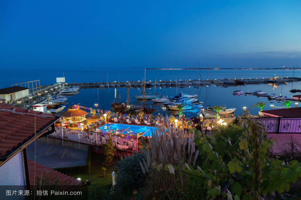 �~t_夜景的yaht码头