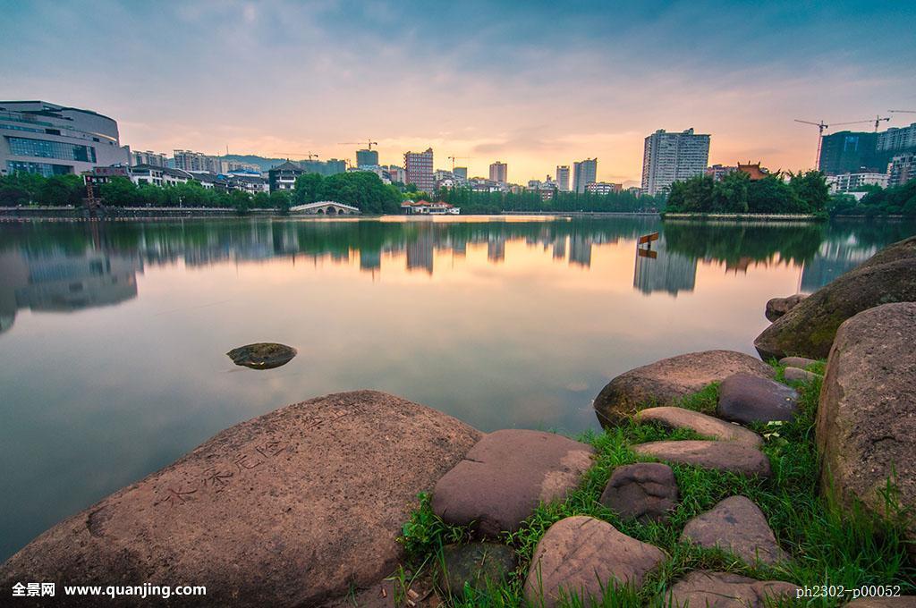 郴州北湖牛蛙干锅仔姜公园图片