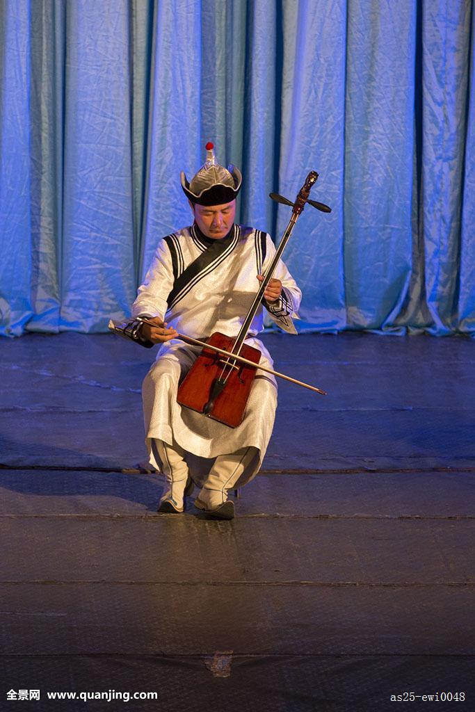 亚洲蒙古乌兰巴托蒙古人国家歌曲跳舞学习合演小提琴演奏图片