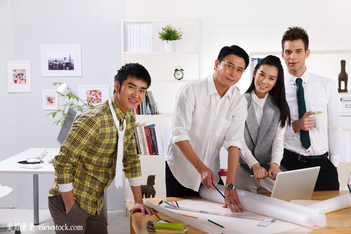 概念,环境,服务,设计师,中国,幸福,四个人,合作,时尚,忙碌,办公室,站图片