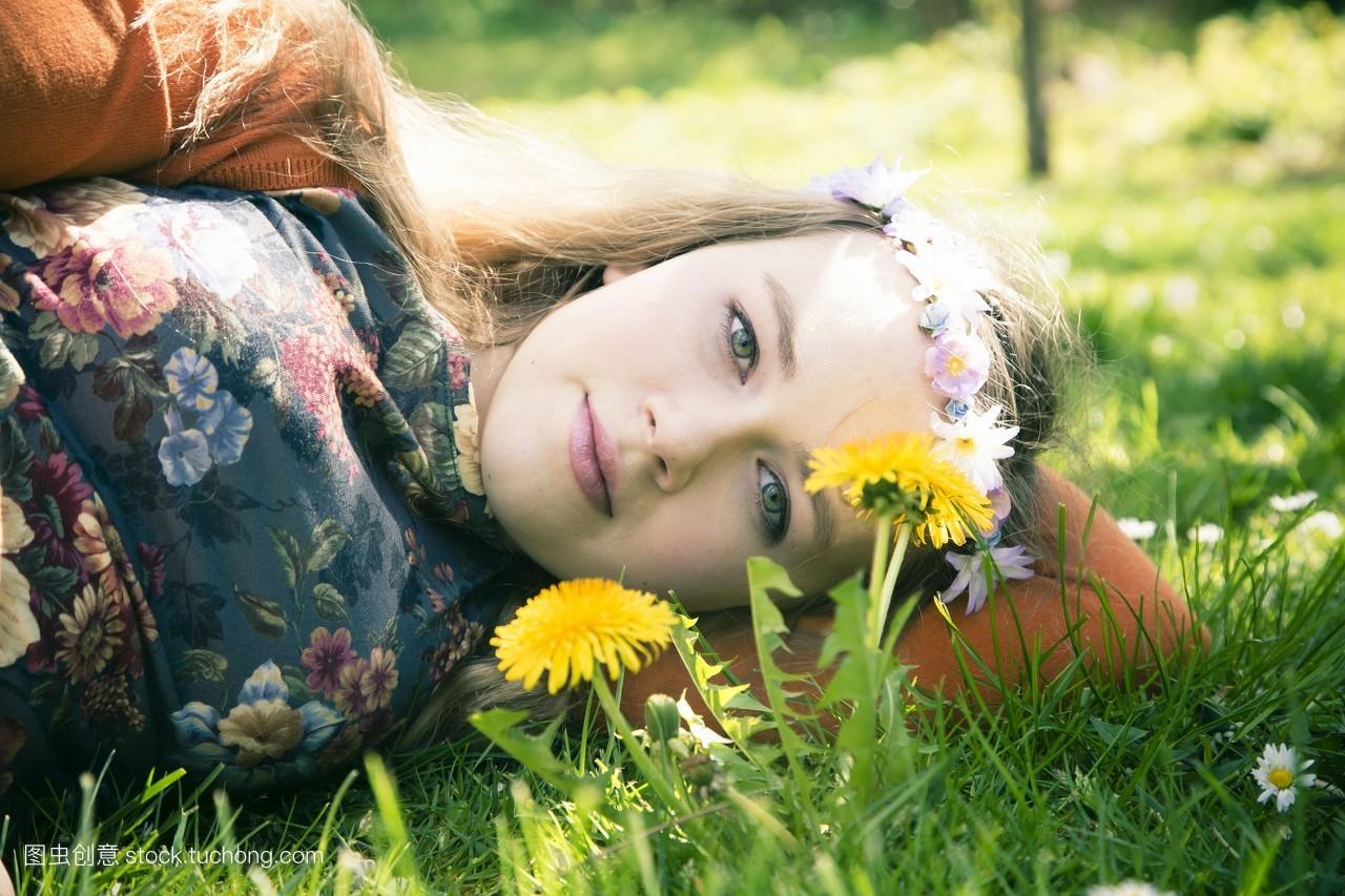 休闲,摄影,白日梦,10几岁,头发,户外,巴伐利亚,装饰,稚子,花卉,小孩子图片