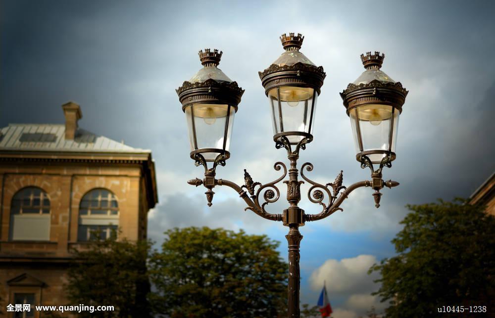 路灯柱,大教堂,杆,金属,玻璃,装饰,天空,蓝色,云,建筑,巴黎,法国,欧洲图片