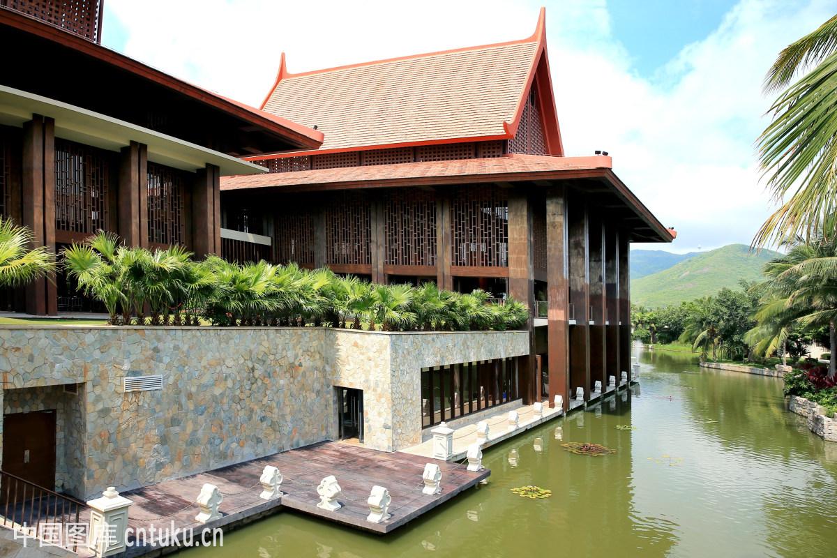 屋子,院墙,亭台楼阁,民居,云海,东方文明,居住环境,飞檐,中式建筑图片