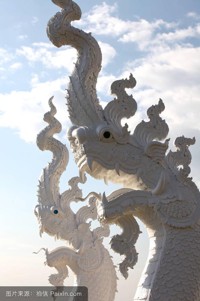 泰国佛教的雕塑,建筑和象征