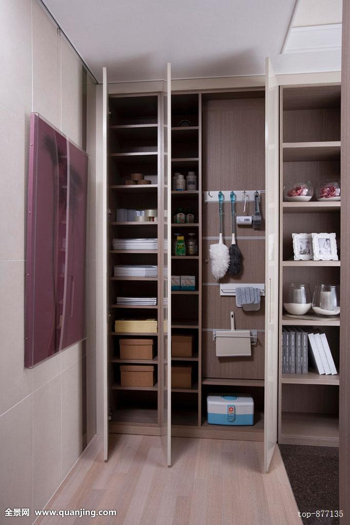 夺命�y��z,^��~K����_建筑,门,车门,滑动门,生活方式,生活,架子,柜橱,药柜,室内,画框,打开