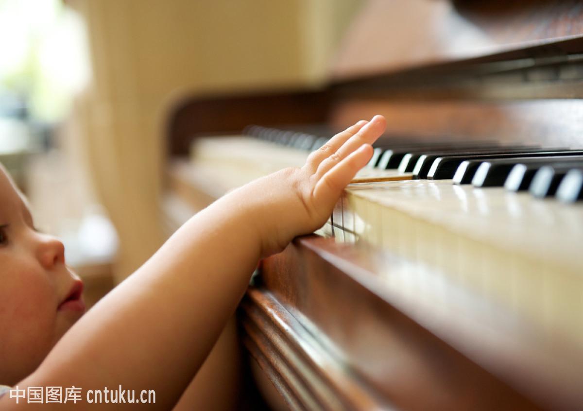 肖像,新的,幸福,学习,音乐,婴儿,钥匙,儿童,可爱,西方人,幼儿,钢琴师图片